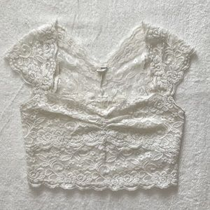 GARAGE White Lace Sweetheart Top